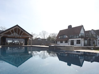 Pool & Outdoor Living: classic Pool by JBA Architecture