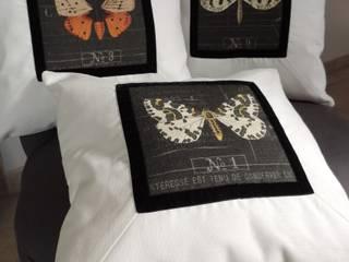 """Coussins collection """"Insectes de la campagne"""" de Lin Dentelle:  de style  par Lin Dentelle"""