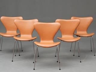 Série de 5 Chaises 3107 - Arne JACOBSEN :  de style  par DESIGN MARKET