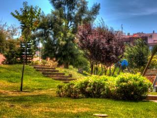 Modern Garden by BERNARDINO ARQUITECTOS, SLP Modern