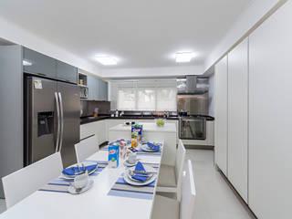 Apartamento Granja Julieta Cozinhas ecléticas por GUSTAVO GARCIA ARQUITETURA E DESIGN Eclético