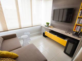 Apartamento AF: Salas multimídia  por Passo3 Arquitetura,Eclético
