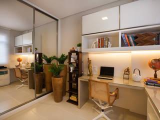 Apartamento AF: Escritórios  por Passo3 Arquitetura