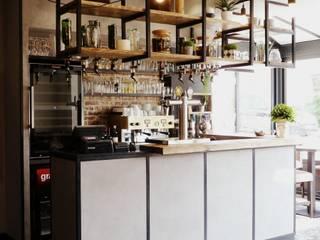 Restaurant/Pizzéria Gastronomie industrielle par L'Atelier d'Esquisses Industriel