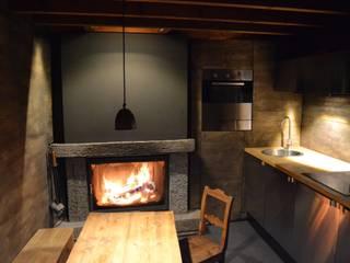 Cucina in stile  di André Rösch Architekt