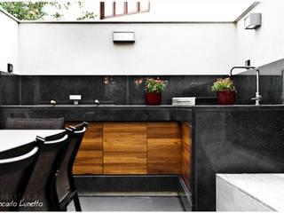 Modern houses by Ignazio Buscio Architetto Modern