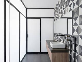 Ванная комната в . Автор – Proyecto Cafeina