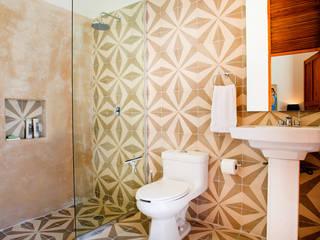 Baños de estilo  de Taller Estilo Arquitectura