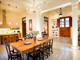 Eclectische gangen, hallen & trappenhuizen van Taller Estilo Arquitectura Eclectisch