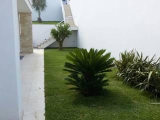 Moderne tuinen van Ignazio Buscio Architetto Modern