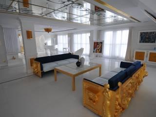 LUKSUSOWY APARTAMENT NAD MORZEM livinghome wnętrza Katarzyna Sybilska SalonKanapy i fotele