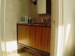 Мебельная мастерская Александра Воробьева ห้องน้ำเก้าอี้