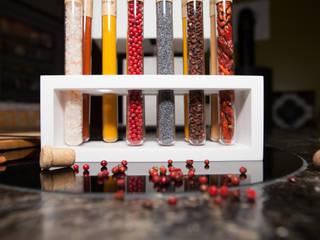 Orgue à épices et ses 12 saveurs:  de style  par Upcycling France