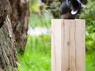 Eichenholz Sockel:   von Solits - Sockel und Säulen