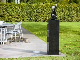 Granit Sockel:   von Solits - Sockel und Säulen