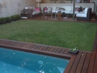 Modern style gardens by DE DIEGO ZUAZO ARQUITECTOS Modern