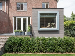 modern  by Architectenbureau beckers, Modern