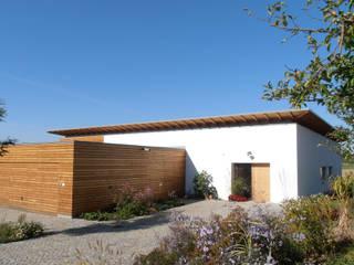 Ansicht Nord-Ost:  Häuser von Moserarchitekten