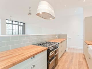 Abney News N16 - Appartment:  Kitchen by ESB Flooring