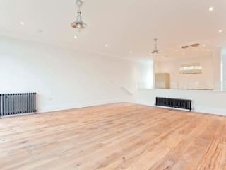 Abney News N16 - Appartment:  Living room by ESB Flooring