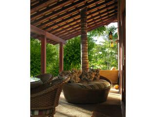Residência Outeiro: Terraços  por Cria Arquitetura
