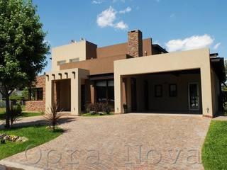 บ้านและที่อยู่อาศัย โดย Opra Nova - Arquitectos - Buenos Aires - Zona Oeste,