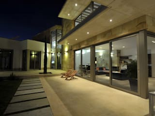 Casas modernas por Chiarri arquitectura Moderno