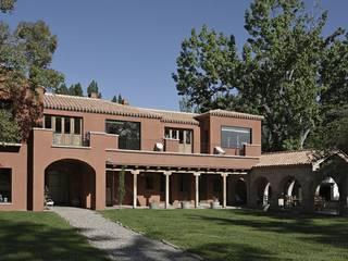 Rumah oleh Bórmida & Yanzón arquitectos, Rustic
