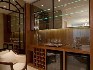 Mariane e Marilda Baptista - Arquitetura & Interiores의  와인 보관