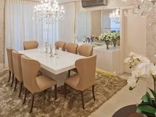 غرفة السفرة تنفيذ Mariane e Marilda Baptista - Arquitetura & Interiores