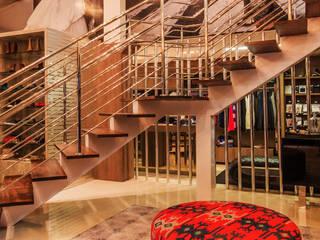 Boutique Lojas & Imóveis comerciais modernos por Élcio Bianchini Projetos Moderno