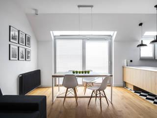 www.niewformie.pl Minimalist dining room