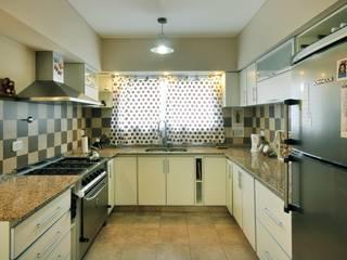 Cocina Cocinas de estilo clásico de Opra Nova - Arquitectos - Buenos Aires - Zona Oeste Clásico