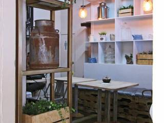 Eclectic style gastronomy by Estudio Meraki Eclectic