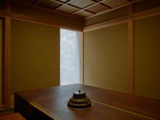 立礼席: 株式会社吉川の鯰が手掛けた和室です。