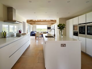 A bulthaup kitchen with a view: modern Kitchen by hobsons choice