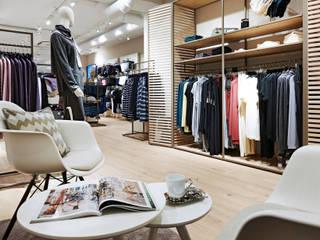 Mey Bodywear - Retail Konzept:  Geschäftsräume & Stores von CRi Cronauer + Romani Innenarchitekten GmbH