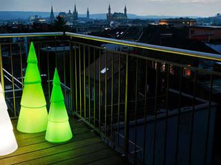 Shining Tree - grün & weiß:   von produktsalon // Susanne Uerlings Produktdesign
