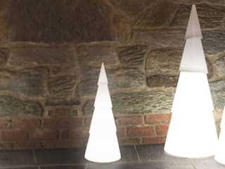 Shining Tree - drei Größen:   von produktsalon // Susanne Uerlings Produktdesign