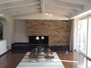 InteriorEs Silvana McColgan Living roomSide tables & trays