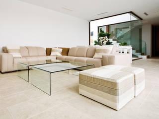 vivienda en betera: Salones de estilo  de conesafranch arquitectos