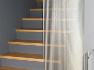 Modern Corridor, Hallway and Staircase by AESCHLIMANN ARCHITEKTEN Modern