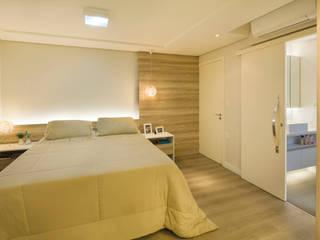 Moderne slaapkamers van Caroline Vargas | C. Arquitetura Modern