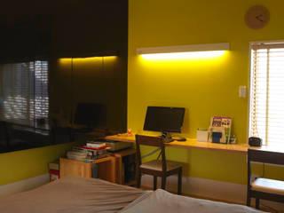 寝室: nido architects 古松原敦志一級建築士事務所が手掛けた寝室です。