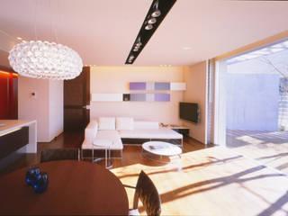 Salas / recibidores de estilo  por Mアーキテクツ|高級邸宅 豪邸 注文住宅 別荘建築 LUXURY HOUSES | M-architects, Moderno