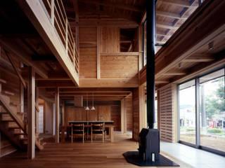 HAN環境・建築設計事務所 Living room Wood Wood effect