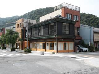 細脚のモガ ―house in HOUSE―: 一級建築士事務所 ヒモトタクアトリエが手掛けた家です。,オリジナル