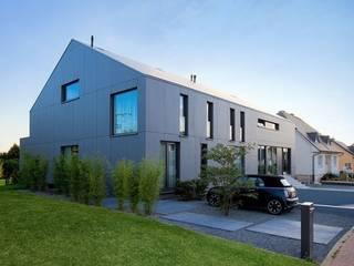 Musterstück in Belgien Moderne Häuser von Ecologic City Garden - Paul Marie Creation Modern