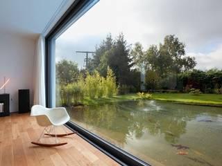 Piletas de estilo  por Ecologic City Garden - Paul Marie Creation