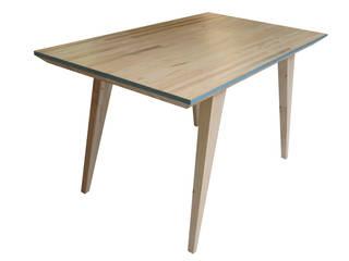 Table basse rétro et écologique:  de style  par à nouveau -écodesign/upcycling-